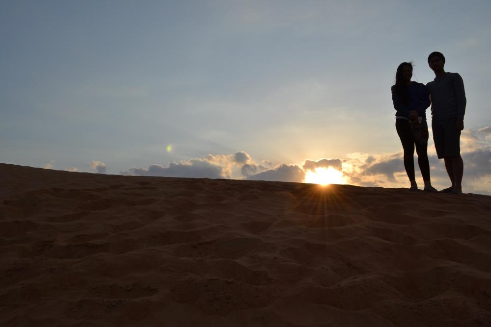 Dubai Desert Camping, Pinoy Style! (Part 2) (3/6)