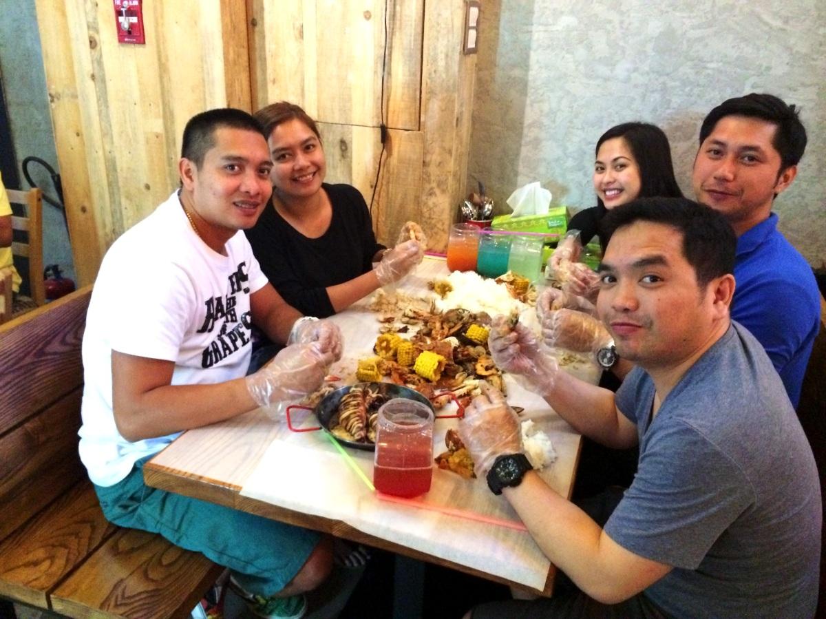 Dampa Seafood Grill in Dubai
